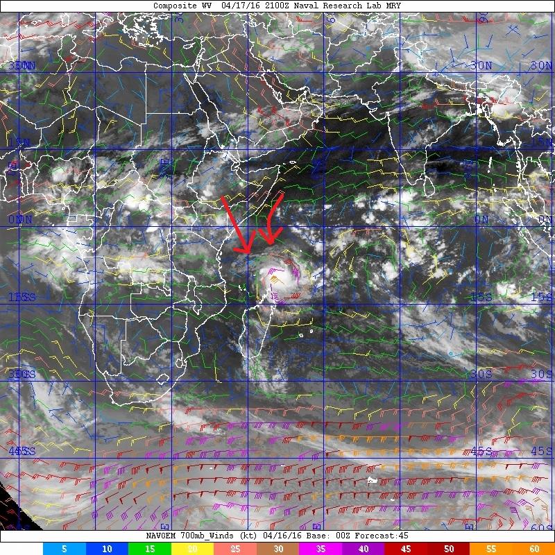 20160417.2100.composite.700mb_Winds_model_overlays_SHEM_19SFANTALA.x
